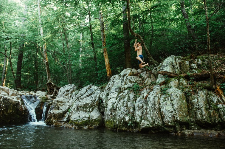 Arnold Valley Pool WV